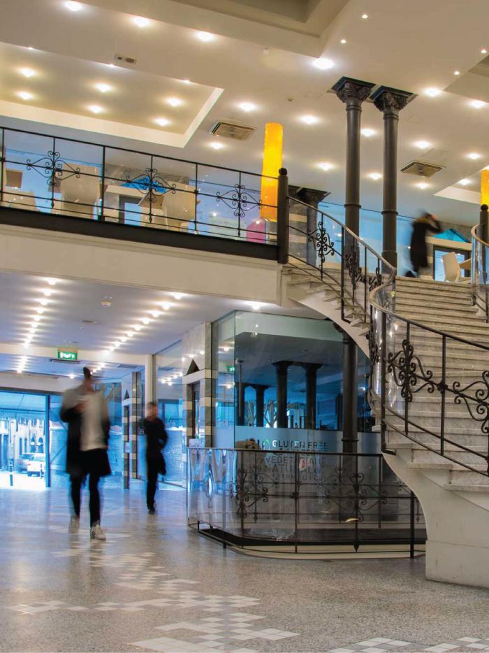immagine coordinata per galleria Mazzoleni, grafica e comunicazione