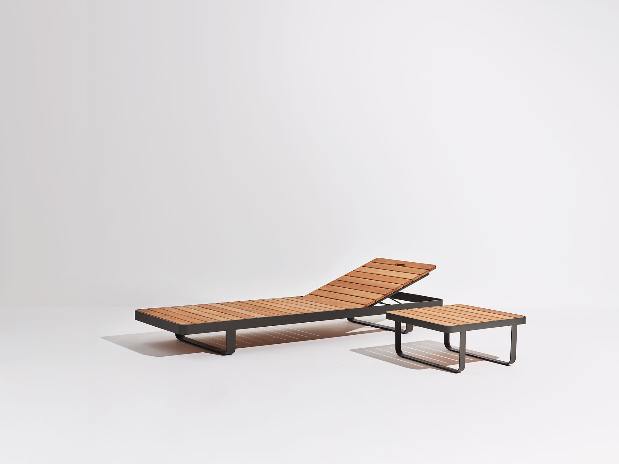 Sedia Lounge Makemake, sedia lounge da esterno/Makemake Lounge Chair, outdoor lounge chair