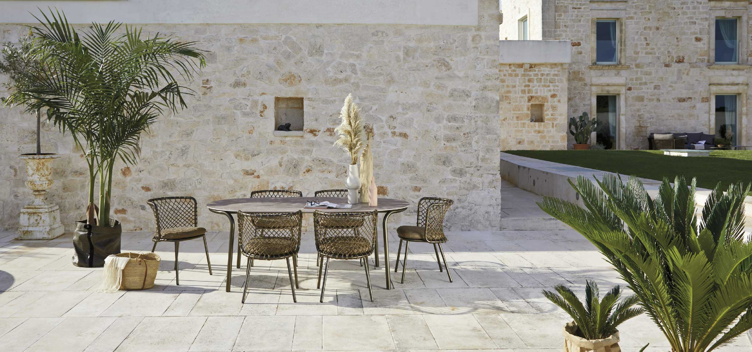 Table Collection for Roberti